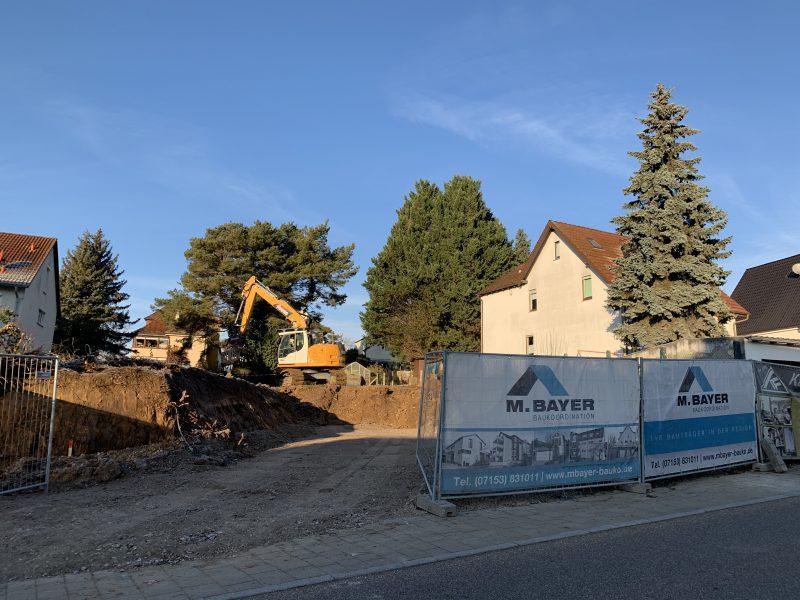 M. BAYER Baukoordination: Erdarbeiten beim Mehrfamilienhaus in Altbach